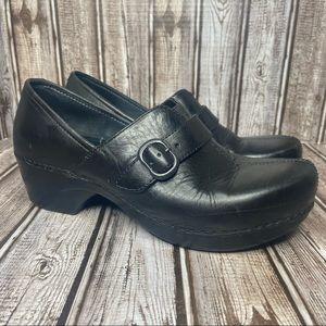 Dansko clogs - leather size 39-US 8.5